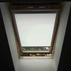 Рулонные шторы на мансардные окна